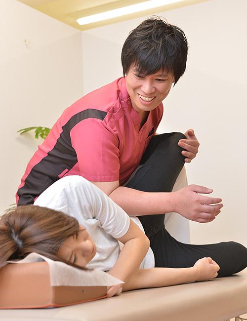 股関節痛の施術
